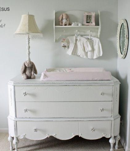 die wickelkommode wichtigestes m belst ck im babyzimmer der baby und. Black Bedroom Furniture Sets. Home Design Ideas