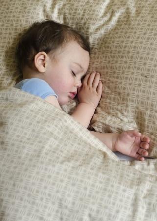 Kinder vor Weihnachten zum Schlafen bringen